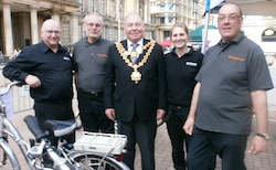 Batribike and the Lord Mayor